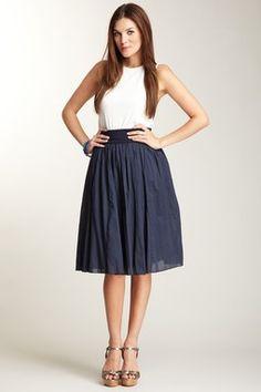 OMG i am a sucker for knee-length skirts