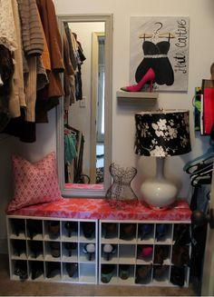 DIY bench/shoe storage cuteness on my sisters site Pocket of Presh