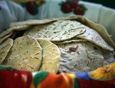 honduras traditional food/ Tortillas de maiz