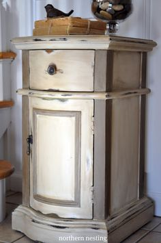 Annie Sloan Chalk Paint: Old Ochre all over, followed by CoCo on the trim, then both clear and dark wax