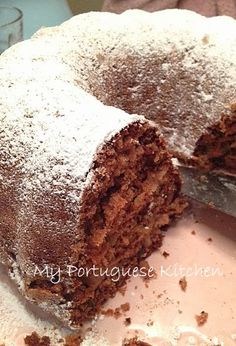 Margaret's Portuguese Kitchen : Apple Walnut Cake
