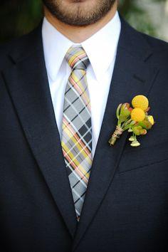 Plaid tie and suit colors..