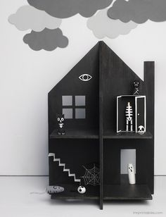 Haunted Dolls House - Mr Printables