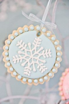 Snowflake cookie #snowflake #cookie