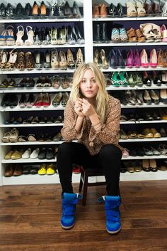 She has all of those shoes - and THESE are the ones she's wearing? :D