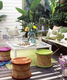 30 Tips for Easy Outdoor Entertaining|When the weather warms and your parties move outdoors, try these simple ideas.