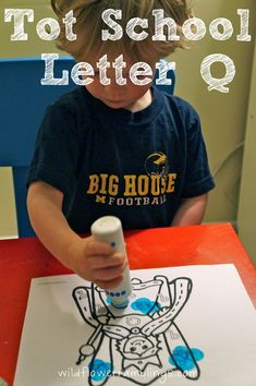 Tot School Printables Letter Q is for Queen from Wildflower Ramblings #totschool