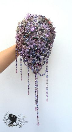 Dusky Lilac wedding inspiration from Facebook love this brooch bouquet bridal brooch, brooch bouquets, brooches, brooch creation, floral ᗩᖇtbouquetsikebana, inspir idea