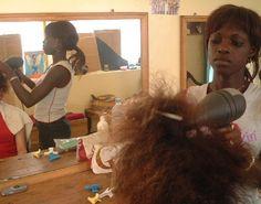 Fotos de peluquerias alrededor del mundo - Página 2 - Univision Foro / Forum