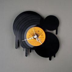 vinyl records into clocks. this i have seen. but this..... amazing.