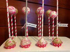 Gold/Pink Basic Cakepops on paper straws