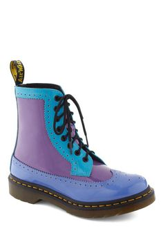 Oh em geeeee!  I <3 these boots!!!  I've never had a pair of Docs. :( #ModCloth