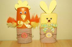 Poule et lapin avec des flacons de shampooing