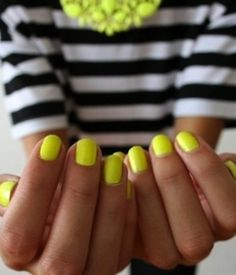 #neon #nails #spring