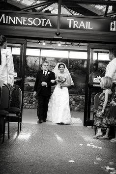 A very happy Minnesota Zoo bride! Photo by Bellagala