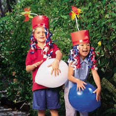 4th of July Crafts: Firecracker Hat (Patriotic Clothing)  | Spoonful