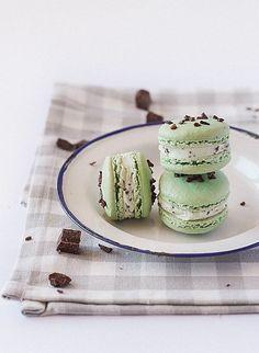 Mint Chocolate Chip Macarons
