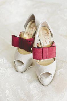 Amazing bow shoes
