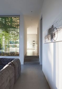 Minimalist Modern Residence with Stunning Appearance: Exciting Details Of Findlay Residence Living Room Showing The Abstract Wall Painting O...