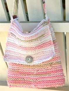 Cute, knit, t-shirt bag!