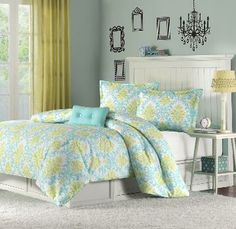 Turquoise and green damask bedding