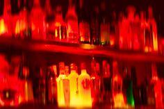 red bar, signatur color