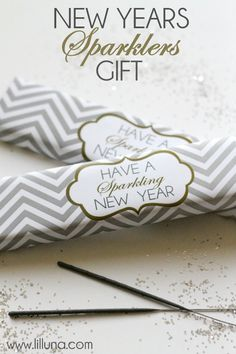 New Years Sparklers Gift - Free printable on { lilluna.com } #sparklers #newyears. Actually like the label to tie onto a bottle of sparkling cider as a gift.