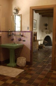 Craftsman Bungalow Bathroom