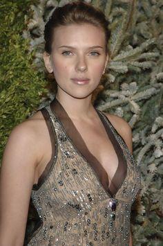 """Scarlett Johansson Photos - """"7th On Sale Online"""" Gala - Zimbio"""