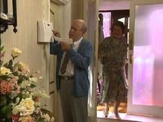 Keeping Up Appearances: Hyacinth Is Alarmed 5.3 [2/2]
