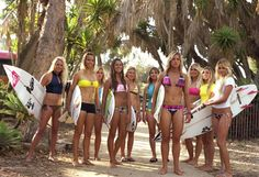 Laura Enever, Sally Fitzgibbons, Leila Hurst, Malia Manuel, Coco Ho, Sofia Mulanovich, Courtney Conlogue, Sage Erickson, Quincy Davis, and Alana Blanchard. #wellenverliebt #surftrip #lifeisbetteronboards #beach #surf #surfing #surfergirl #laura #alana