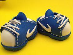 Rutty`s creations: Tutorial zapatillas NIKE para fofucho