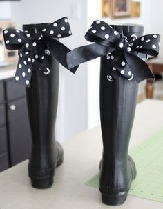 Alter these rain boots with this tutorial. AND 45 BEST FRENCH Spring Party, Crafts & Decor Tutorials EVER with their LINKS!!! GIFT, PARTY, EVENT, SPRING, WEDDING DECOR. Blog & Photos from MrsPollyRogers.com