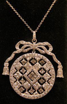 Diamond and platinum pendant, Cartier, 1902-9