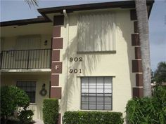 Beautiful Immaculate Corner Condo With Two Beds And Two Baths