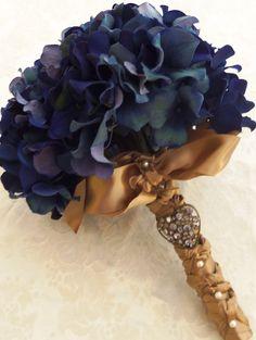 gold weddings, bridal bouquets, wedding flower bouquets, wedding bouquets, wedding blue, blue and gold wedding, wedding flowers, bouquet wedding, hydrangea