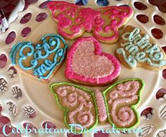 Six Food ideas for your Alice in Wonderland Party!   Adorable cookies for your Alice in Wonderland Party! #cookies #wonderland #aliceinWonderland
