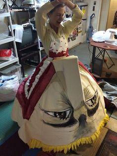 cosplay gown, fan