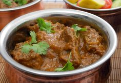 Slow Cooker Beef Curry - Skinny Ms. Makes unknown number of servings (each serving is one cup). 4 WW pp per serving.