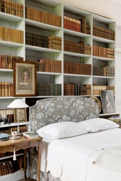 Gorgeous bedroom library of designer Charles Spada's home. From Polish magazine Weranda  (photography by Andreas von Einsiedel/East News).  ---
