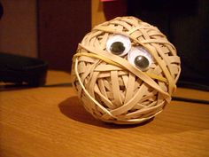 Googly Eyes Rubber Band Ball ..... Cool!