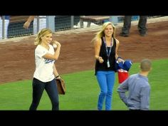 Sophia Bush Throws PERFECT 1st Pitch at Dodger Stadium 6-13-14 - YouTube