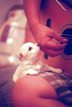 puppy kisses<3
