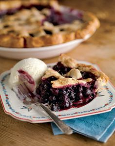 Happy #BlueberryPieDay! Celebrate with our Classic Blueberry Pie