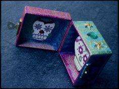 Pocket altar from Sushibird