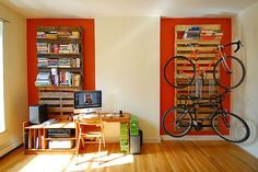 #pallets - Pallet #bookshelf and bike rack