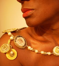 MERELYME.CO is an eco-friendly jewelry line hand crafted from 80% of recycled paper and fibers.