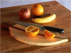 Clean your wooden cutting board with lemon and salt