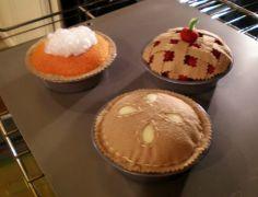 Felt pies! Make all
