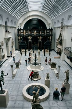 Victoria and Albert Museum, London.  Hall of Statues